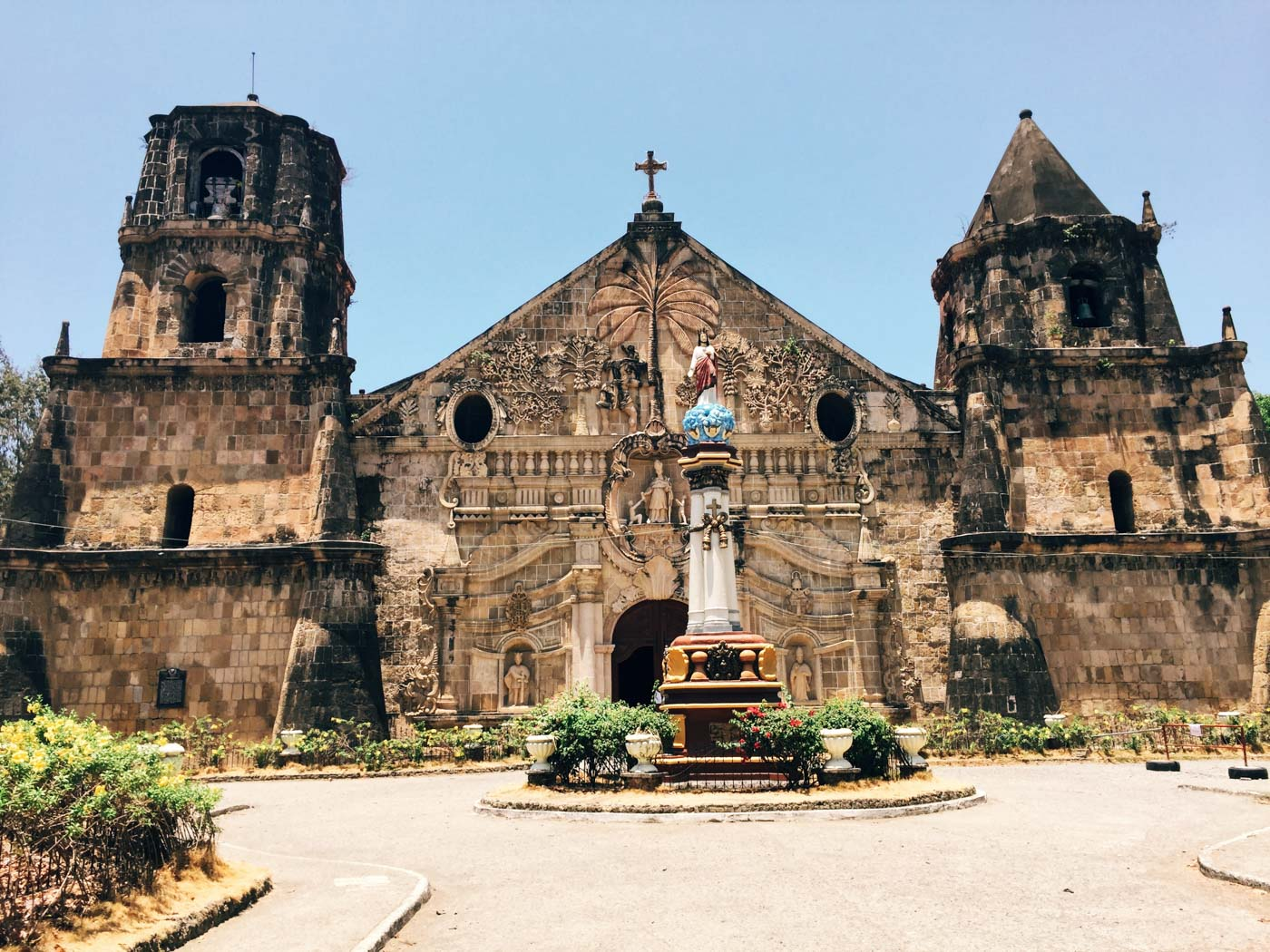 HERITAGE. With its patron saint, St. Thomas of Villanova, the Miagao Church welcomes pilgrims with its detailed architectural designs. Photo by Carl Don Berwin/Rappler