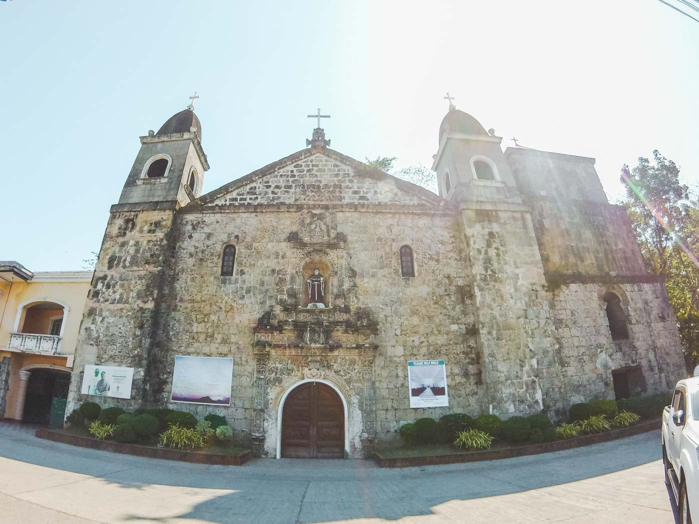 UNIQUE. The church's facade is adorned with intricate Latin-American design and interior made of colorful stone mosaic portraying the Passion of Christ which took decades to finish. Photo by Carl Don Berwin/Rappler