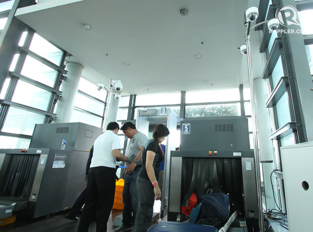 NEW CCTV cameras are installed at the NAIA 3 screening areas. Rappler file photo