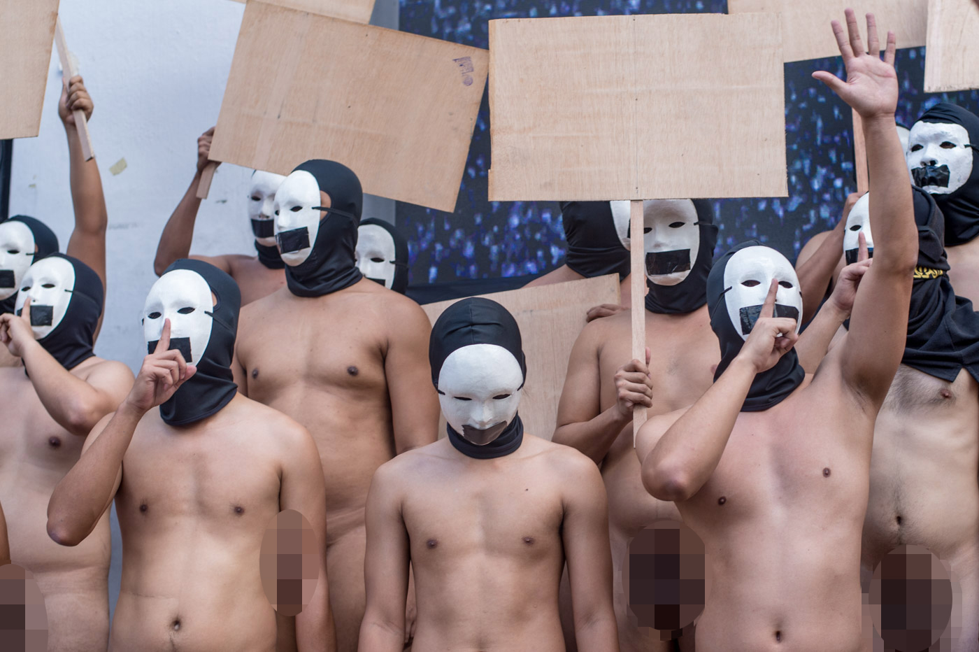 EXPRESSION. Members of the Alpha Phi Omega (APO) fraternity participate in the Oblation Run at University of the Philippines Diliman to uphold freedom of expression and self-determination on February 8, 2019. Photo by Lisa David/Rappler