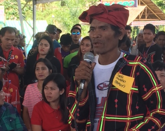 UNDER THREAT. Datu Cris Olaño, a Lumad leader, expresses his concerns during a congressional inquiry on January 29, 2016. Photo by Editha Z. Caduaya/Rappler