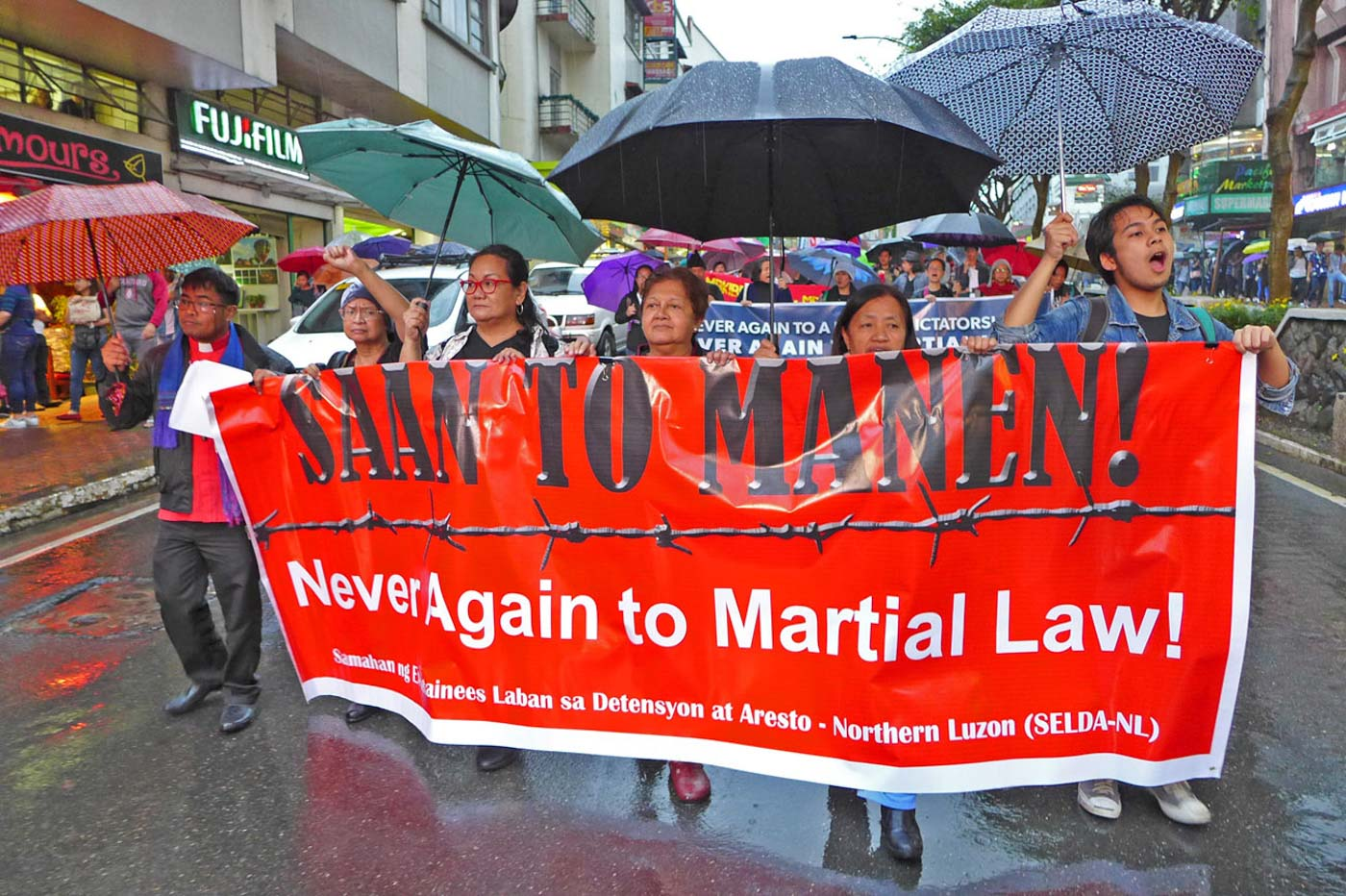 BAGUIO PROTEST. Protesters, mostly students, called for the ouster of President Rodrigo Duterte as Baguio joined the observance of the declaration of Martial Law on Friday, September 21. Photo by Mau Victa/Rappler