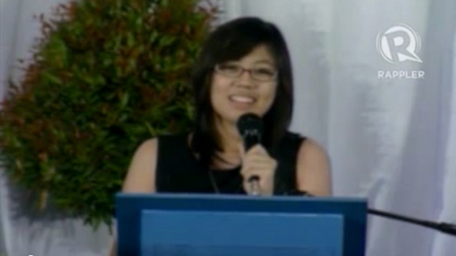 Tricia Robredo delivers speech at the necrological service for her dad, Jesse Robredo, on August 26, 2012