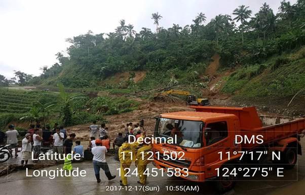 Jct. S.H Aglayan - Alanib Ticala-an Road (Ticalaan - Paganan), Ticalaan, Talakag, Bukidnon. Closed to traffic due to soil collapse