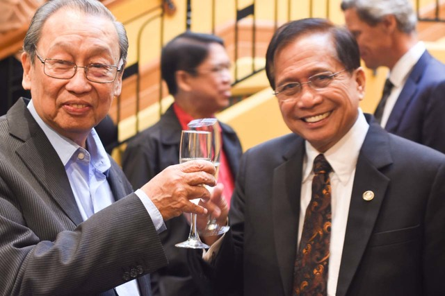 NDF TALKS. CPP founder Jose Maria Sison and chief presidential peace adviser Jesus Dureza during the first round of talks in August in Norway. File photo