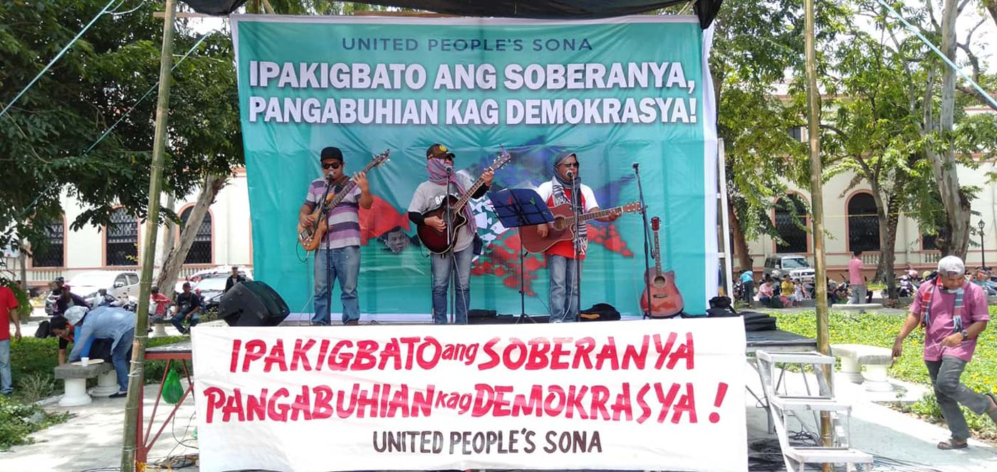 ILOILO. Ilonggo militant groups gather at the Sanburst Park in Iloilo City in solidarity with the United People's SONA on July 22. Photo courtesy of Panay Today