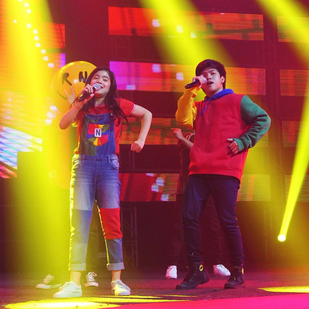 DUO. Ranz and Niana double up the fun in their performance with the mascot from their music video. Photo from YouTube