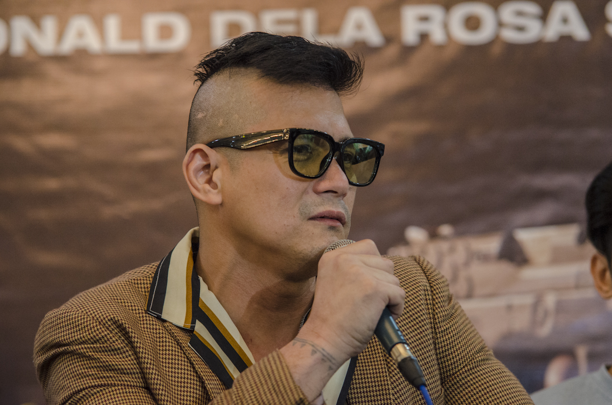 NO POLITICAL PLANS. Robin Padilla says he has no plans to enter politics and will let other family members run instead. All photos by Rob Reyes/Rappler