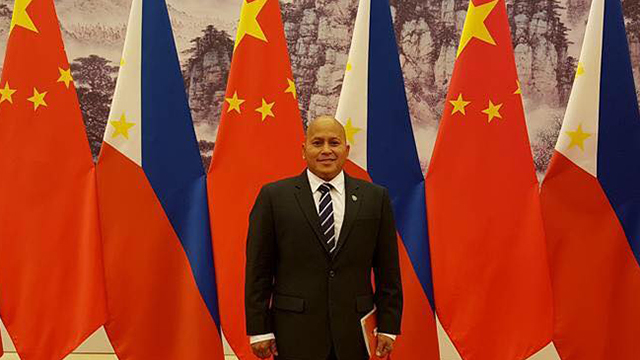 CHINA HAUL. PNP chief Director General Ronald dela Rosa is among the hundreds of Philippine officials who joined President Rodrigo Duterte's trip to China. Photo from Dela Rosa's Facebook page