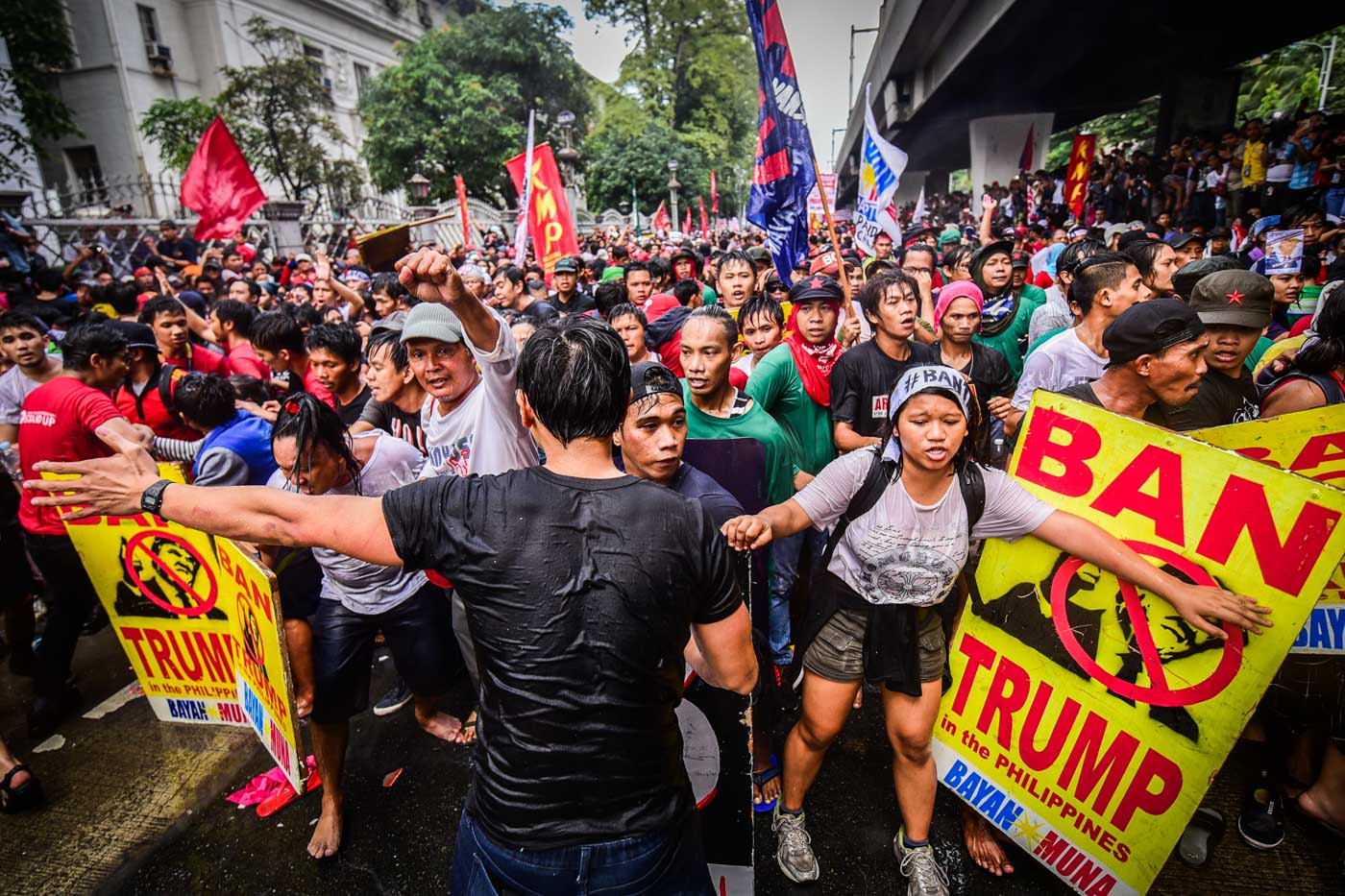 BIGGEST. At least 2,000 protesters join the November 13 rally along Taft Avenue as the ASEAN 2017 Summit officially opens a few kilometers away. Photo by Alecs Ongcal/Rappler