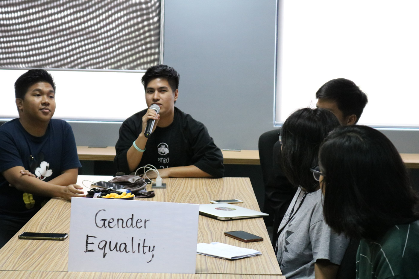 GENDER EQUALITY. Youth pushing for gender equality state their concerns and expectations ahead of President Rodrigo Duterte's 4th State of the Nation Address. Photo by Arlan Jay Jondonero/Rappler