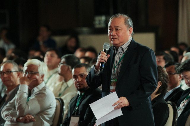 PLEDGE FOR SULU. Businessman Manny V Pangilinan speaks at the Go Negosyo event for Sulu development in Malacañang. Photo from PPD