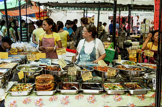 READY TO EAT. The scene at one of Manila's many food markets
