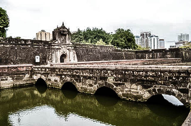 HISTORY. Pay a visit to Fort Santiago