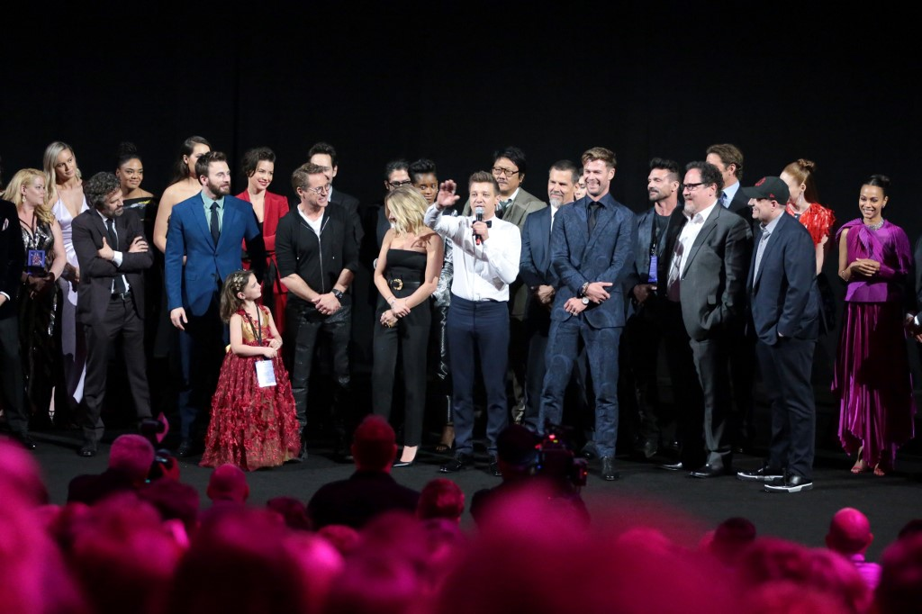 STARS ONSTAGE. Mark Ruffalo, Chris Evans, Alexandra Rabe, Robert Downey Jr., Scarlett Johansson, Jeremy Renner, Chris Hemsworth, executive producer Jon Favreau, and producer Kevin Feige say a few words at the world premiere of 'Avengers: Endgame.' Photo by Rich Polk/Getty Images for Disney/AFP
