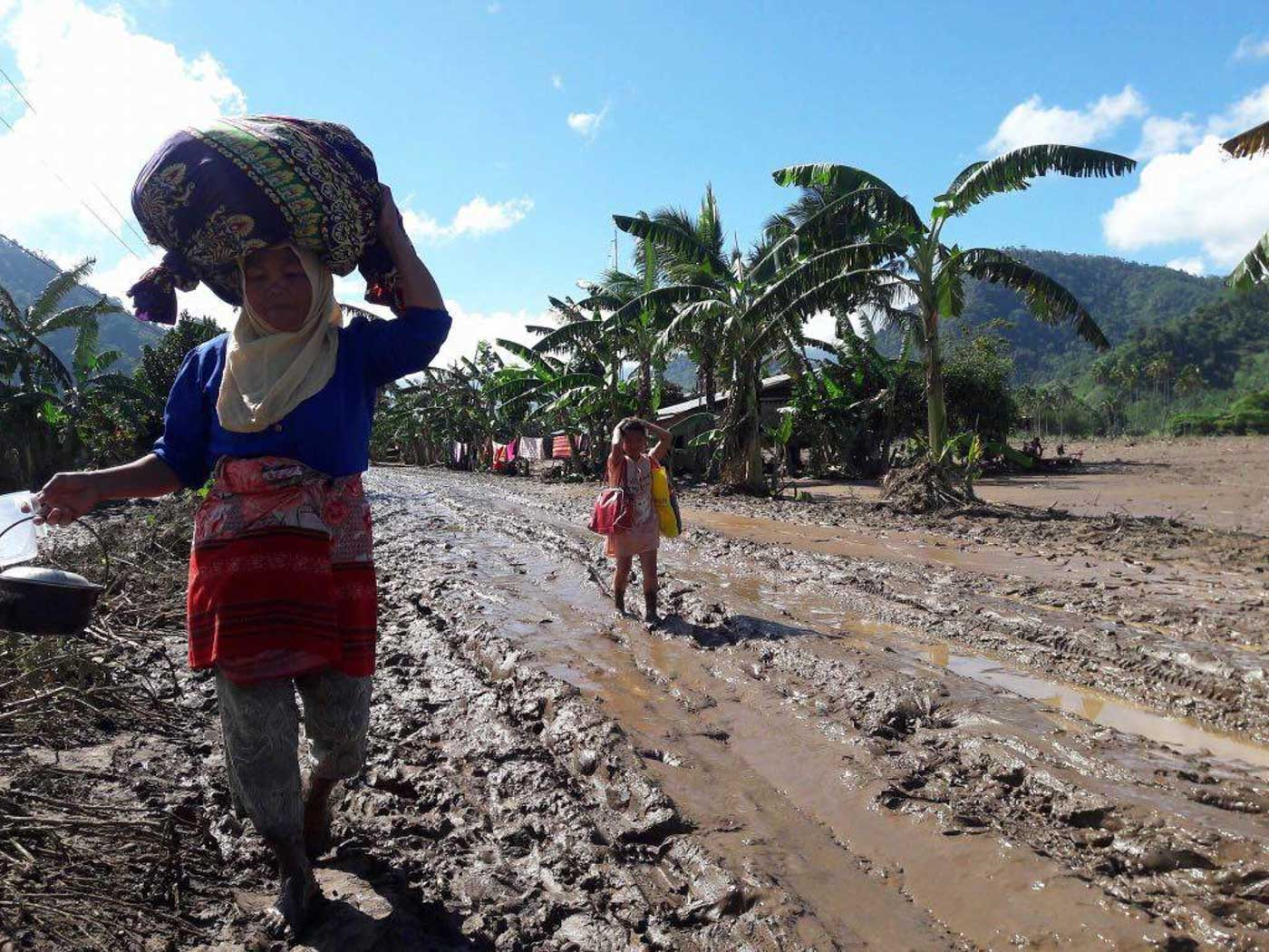 LIVING IN DISPLACEMENT. Thousands who are affected by Severe Tropical Storm Vinta flee their homes, including those who are already living in displacement across Mindanao.Photos by J. Pangalian/UNHCR