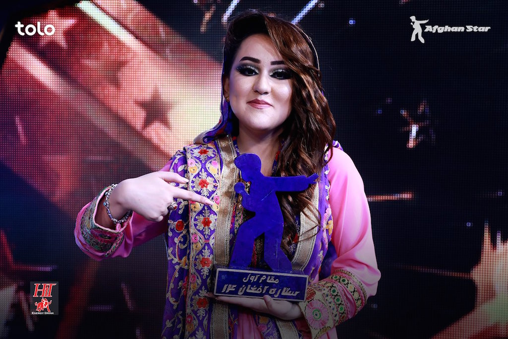 HISTORIC WIN. Zahra Elham becomes the first woman to win 'Afghan Star.' Photo from Twitter.com/Afghan_Star