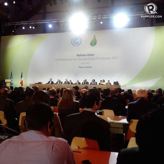 PEMUNGUTAN SUARA. Suasana pembahasan draf final Konferensi Perubahan Iklim COP 21 di Paris, 12 Desember 2015. Negara-negara peserta akan memberikan suaranya. Foto istimewa