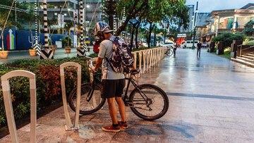 UPTOWN MALL'S BIKE-FRIENDLY VICINITY. Photo by Karen de la Fuente/Rappler