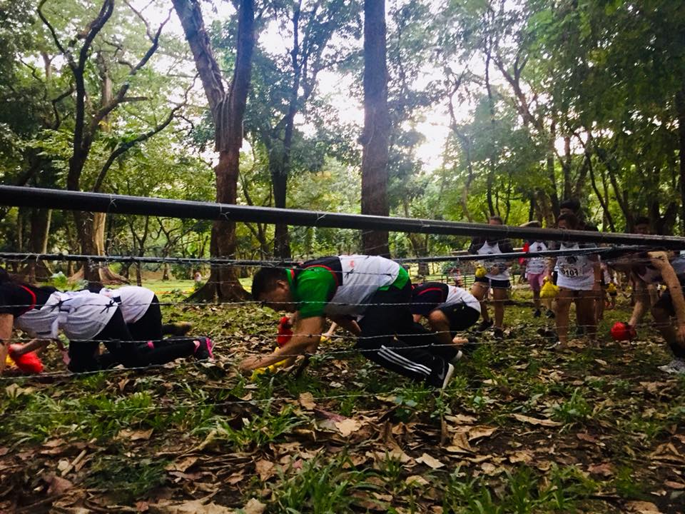 FIGHTING FOR LIFE. One of the fun run's tracks feature barbed wires – an infamous icon during Martial Law. Photo from 'The Great LEAN Run' Facebook page
