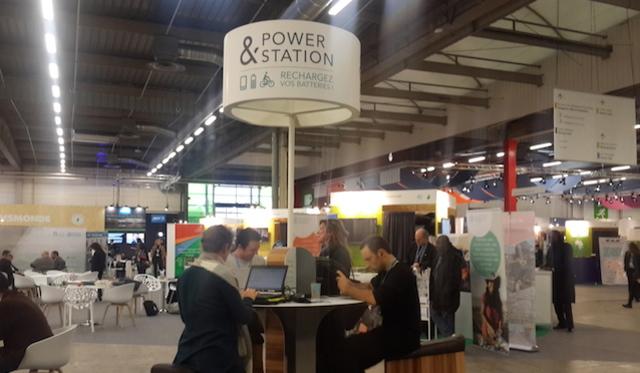 COP 21. Stasiun kayuh pengisi batere telpon seluler di arena COP 21 di Paris Le Bourget. Foto oleh Uni Lubis/Rappler.com