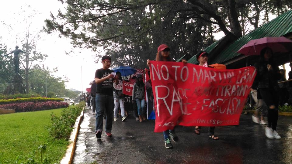 UP BAGUIO. Despite the freezing weather, students from the University of the Philippines - Baguio troop to Session Road to participate in the nationwide protest marking the 45th anniversary of the declaration of Martial Law. Photo by Gelo Medina