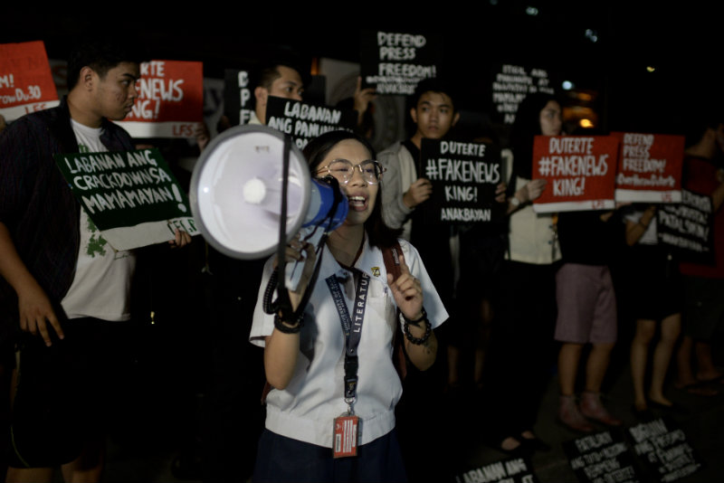 NOT DESERVING? In a statement, the UST central student council 'strongly denounces' the award given to Mocha Uson, saying she does not embody Thomasian values. Photo by Eloisa Lopez