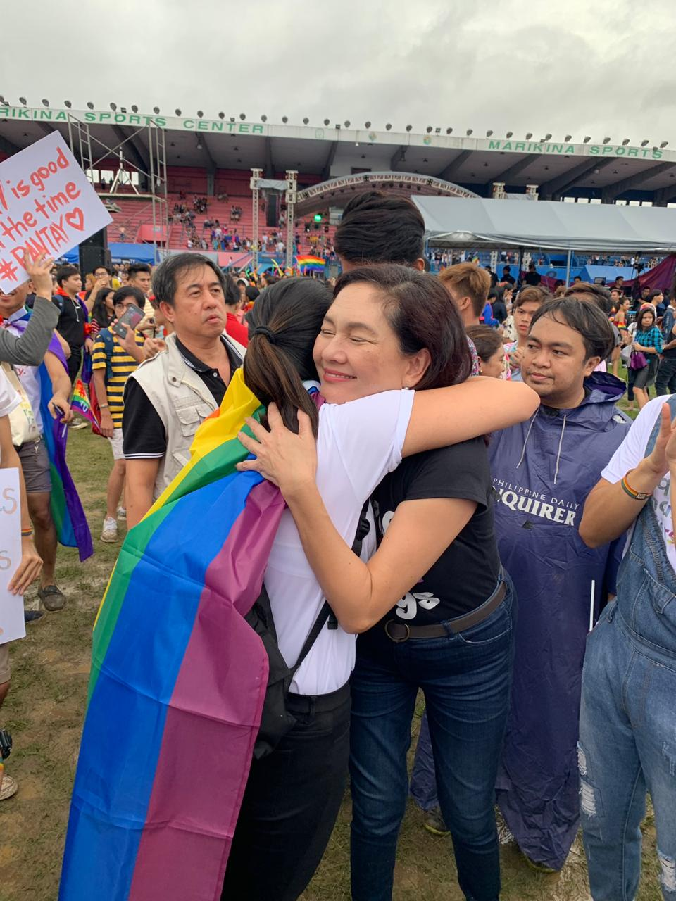 'FREE MOM HUGS.' Senator Risa Hontiveros, a known champion of the LGBTQ+ community, gives free hugs to attendees of the 2019 Metro Manila Pride March. Photo from Hontiveros' office