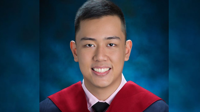 TOO SOON. The Ateneo community mourns over the death of Emmanuel Jose Pavia. Photo from the Ateneo de Manila Junior High School