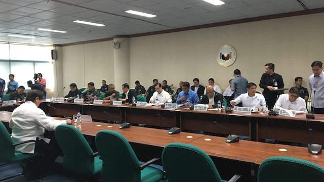 EXECUTIVE SESSION. Senator Gregorio Honasan convenes the Senate committee on national security and defense. Rappler photo