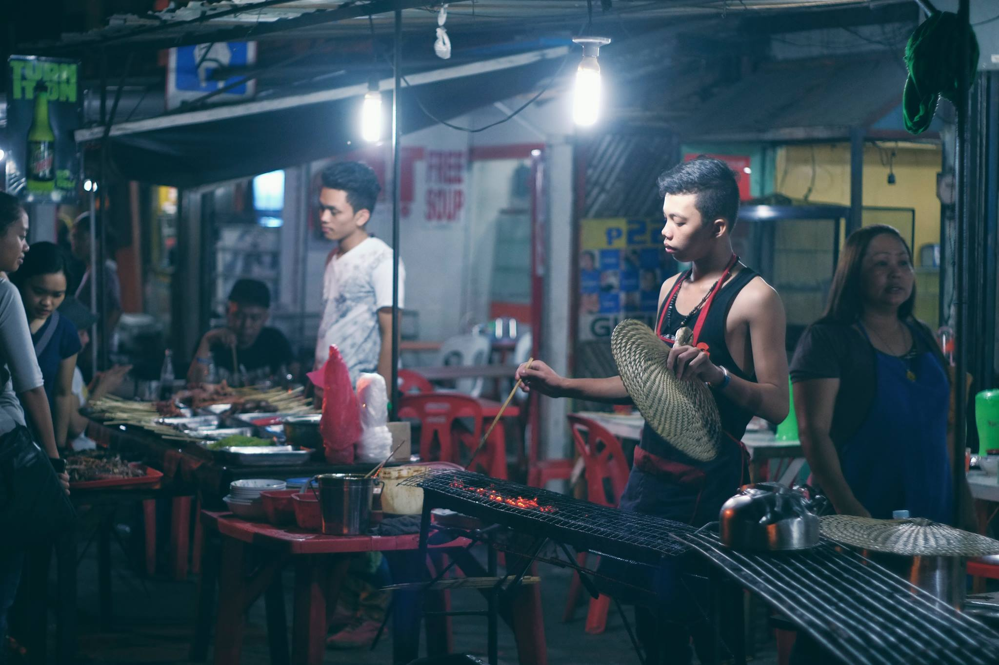 ROXAS NIGHT MARKET. The night market was every Davaoeño's happy place. Photo courtesy of Karlu Tayabas