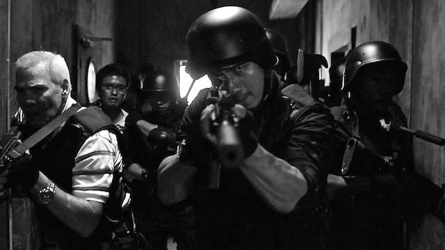 TEMBAK MATI. Kepala Badan Narkotika Nasional Budi Waseso membentuk tim khusus bernama petrus atau penembak misterius untuk mengeksekusi bandar narkoba di tempat. Foto ilustrasi dari film 'The Raid'.
