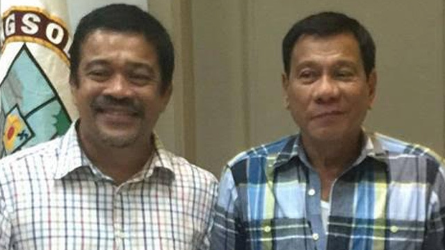 ALLIES. Bayan Muna Representative Carlos Isagani Zarate meets with president-elect Rodrigo Duterte on May 17, 2016 in Davao City. Photo courtesy of Ayik Casilao/Bayan Muna