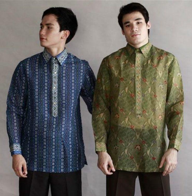 Filipinos Put Pinoy Chic To Indonesian Batik