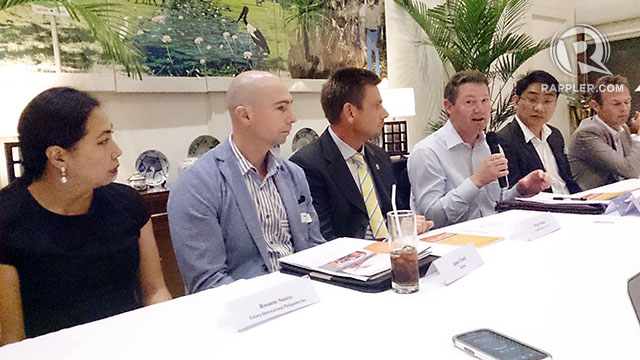 "BULLISH. Firms from ""Down Under"" are bullish about their growth prospects in the Philippines, says Australia senior trade commissioner Anthony Weymouth (4th from left) with representatives from Australian businesses. Photo by Chris Schnabel / Rappler"