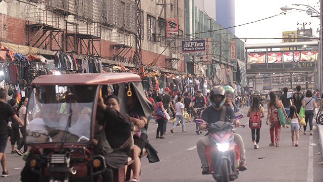 NEW LOOK. The is how the street along Divisoria district looks like now after Manila Mayor Isko Moreno's crackdown on illegal vendors. Photo by Ponch Escobar/Rappler