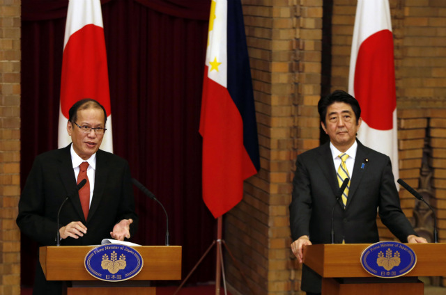 VFA. President Aquino and Japanese Prime Minister Shinzo Abe agree to improve defese ties. Malacañang photo