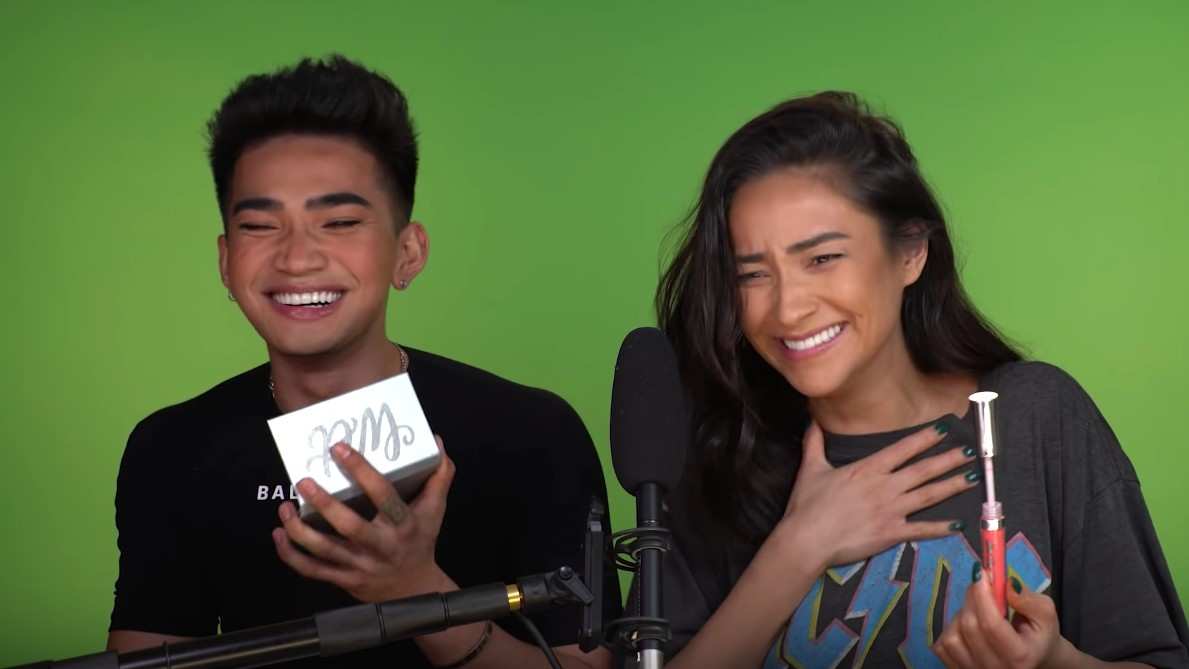 BEST COLLAB. Popular stars Bretman Rock and Shay Mitchell surprise fans with 10 minutes of ASMR, eating, makeup, and fun. Screenshot from Shay Mitchell's Youtube account