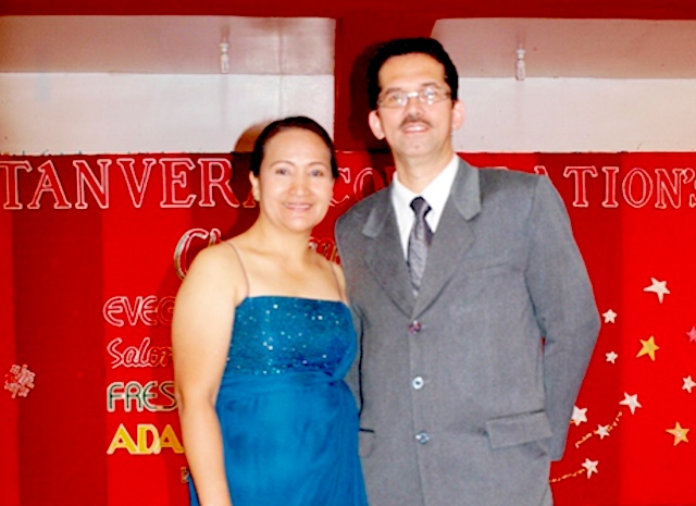 HUSBAND AND WIFE TEAM. Yco Tan with wife Elizabeth. Photo courtesy of Yco Tan