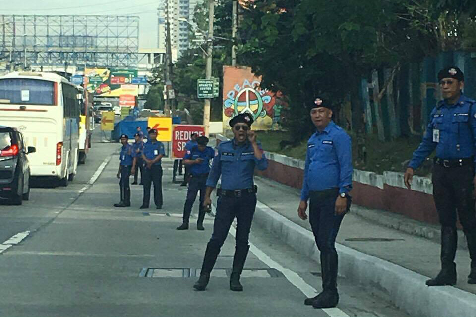 DRY-RUN. The MMDA conducts a dry-run on the motorcycle lane implementation on Friday, November 17. Photo by MMDA