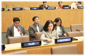 'FORCING CHANGE.' Philippine Ambassador to the UN Lourdes Yparraguirre criticizes China's reclamation work in the South China Sea at an UNCLOS meeting in the UN Headquarters in New York. Photo courtesy: DFA