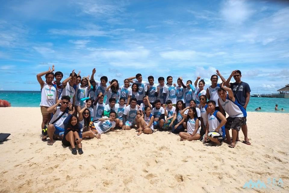 SEA CAMP. Delegates of the June 2016 SEA Camp pose for a photo opportunity in Boracay. Photo courtesy of Save Philippines Seas