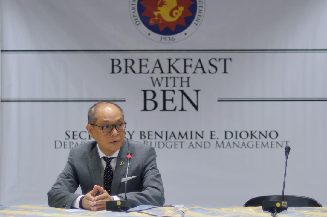 "Q&A. DBM Secretary Benjamin E. Diokno talks with media during ""Breakfast with Ben"" at the DBM Executive Lounge in Manila. File photo from the DBM"