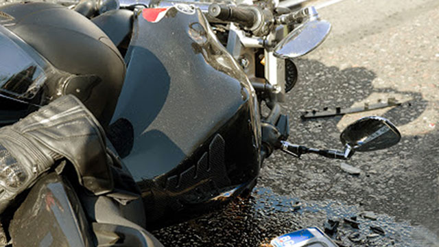 CRASH. The 16-year-old motorcycle rider was reported to be drunk when he rammed into the oil tank truck last November 23. File Photo