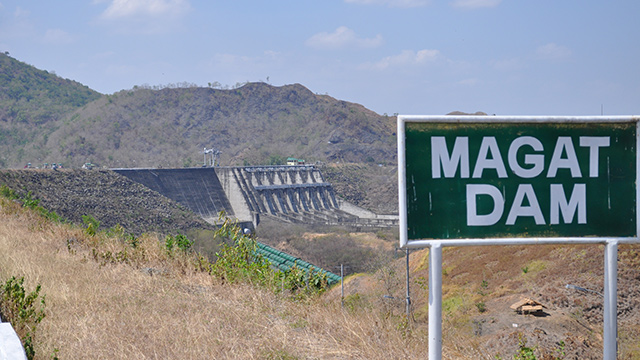 FLOOD WARNING. Residents in the Cagayan Valley region are warned of possible flashfloods due to the continuous release of water from the Magat Dam. Photo from Wikipedia