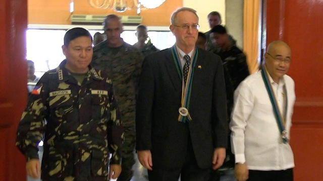 CLOSING CEREMONIES: About 7,500 Filipinos, Americans, and Australians participate in Balikatan 2014