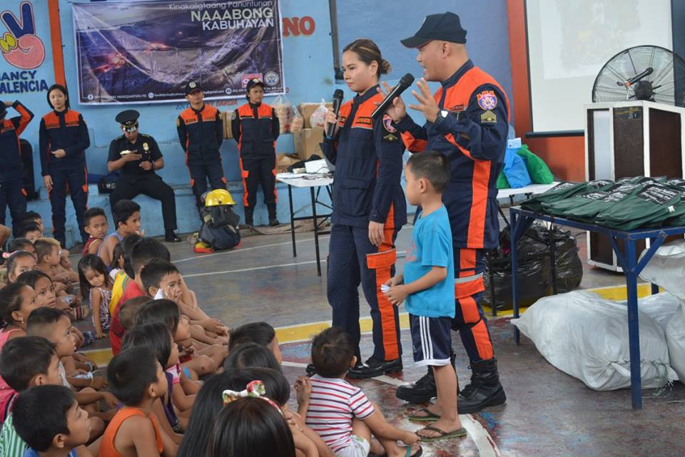 SAFETY REMINDER. Manila Fire District shares safety tips in a series of lecture in the launching of Oplan Iwas Paputok. Photo from BFP-NCR PIS facebook.