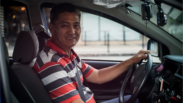 EXTRAORDINARY. It is not everyday that you find an entertaining Uber driver like Boyet Ong. Photo by Vee Salazar/Rappler