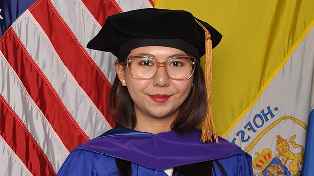 PHILIPPINE BAR. Neneth Aporo obtained her law degree from the Hofstra University in New York. She passed the Philippine Bar on April 26, 2018.