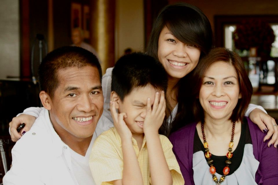 (R-L) Ferdie Cabiling, his wife Judy, daughter Elle and son John Phillip. Photo courtesy of the author